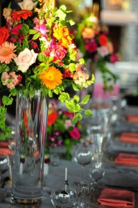 Tropical Seasonal Flower Table Décor