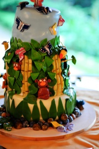 Jungle Wedding Cake