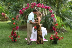 Read more about the article Villas Rio Mar the best compound in Dominical for Weddings